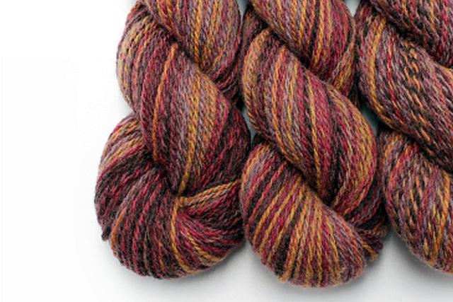 e woolのロング絣の毛糸