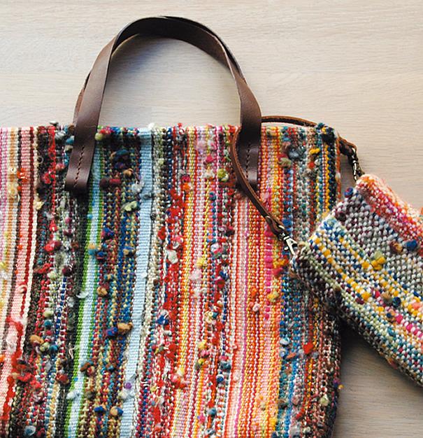 結んだ糸で作った鞄
